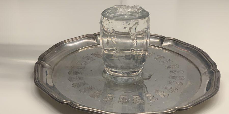 201218_Cover_Das Glas ist voll - die BvS & Co. Heatmap_volles Glas auf Tablett