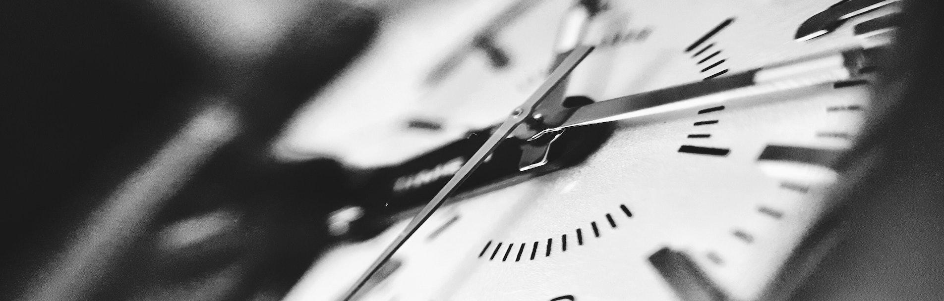 Der Kundenbrief zum Hören_Schwarze Uhr_01_Cover